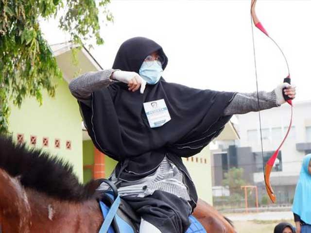 Siswi SMP Islam Al Hilal Meraih Juara 1 dan 3 pada Lomba Horsebow Junior