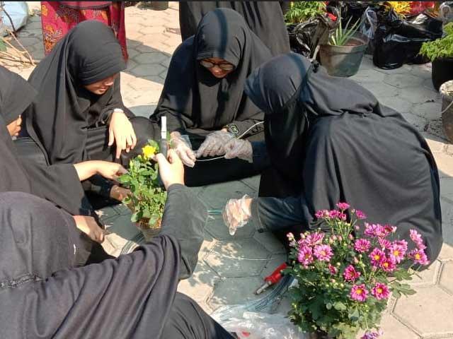 Aktifitas Siswi SMP Al Hilal Putri